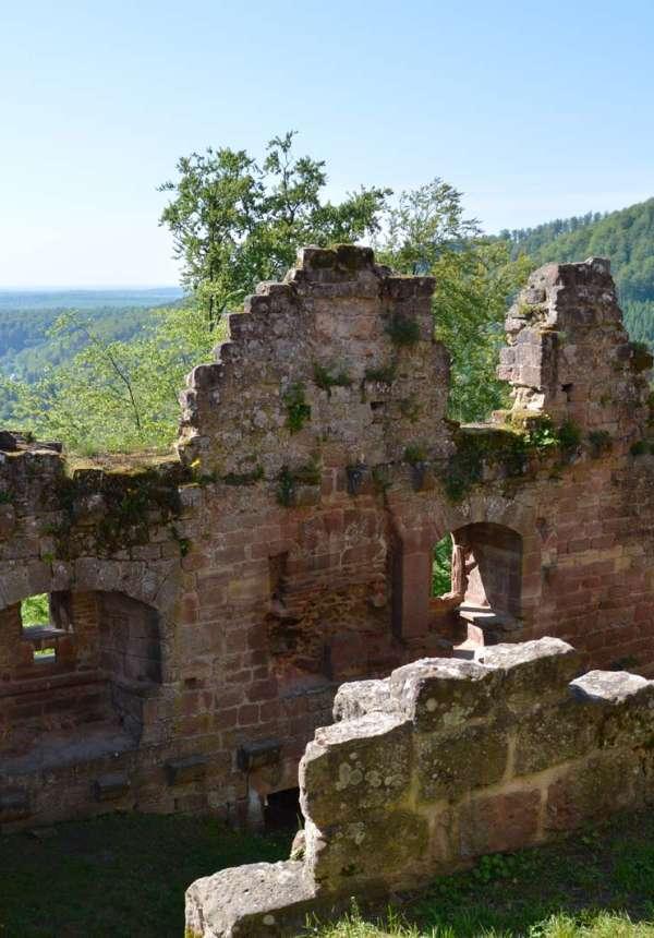 Wanderung : von der ehemaligen Schmieden bis zu den Schlössern in Windstein